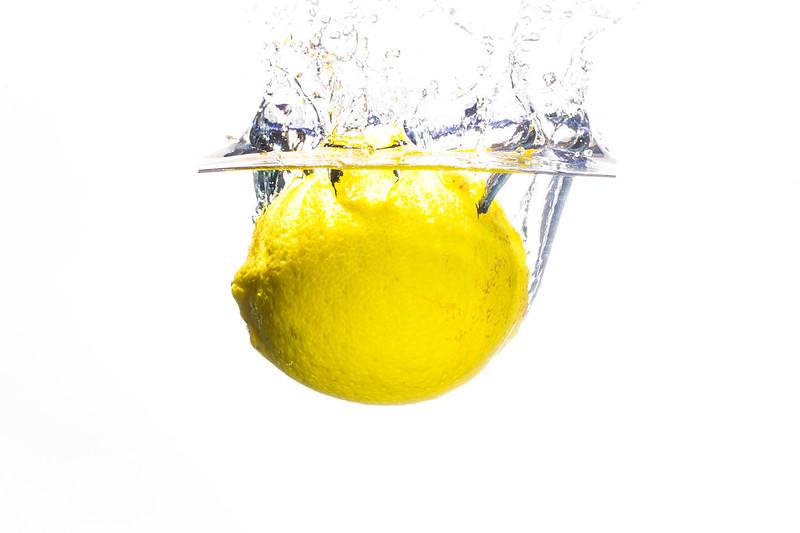 「檸檬」を久しぶりに読みました。