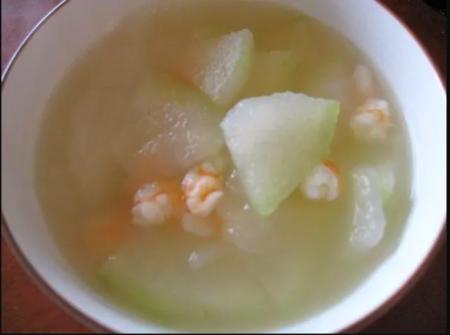 海老と冬瓜のスープ