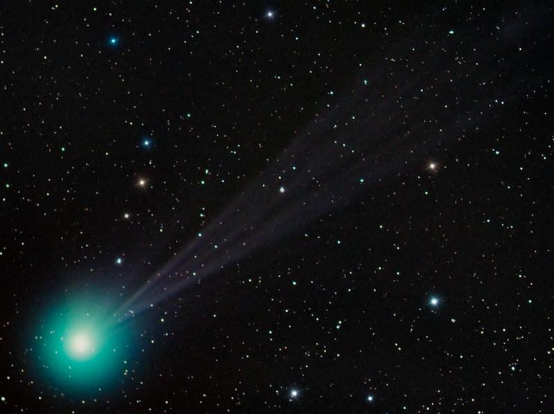 観測史上最大の彗星が太陽に接近中!